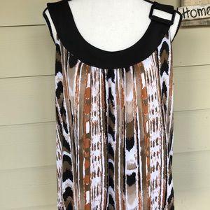 Essentials by Milano ladies shirt size XL